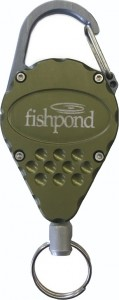 Fishpond Arrowhead Retractor, Moss